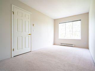 "Photo 8: 303 10668 138 Street in Surrey: Whalley Condo for sale in ""CRESTVIEW GARDENS"" (North Surrey)  : MLS®# R2375718"