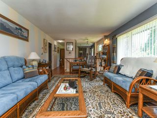 Photo 12: 1664 Elm Ave in COMOX: CV Comox (Town of) House for sale (Comox Valley)  : MLS®# 816423