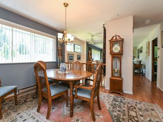 Photo 3: 1664 Elm Ave in COMOX: CV Comox (Town of) House for sale (Comox Valley)  : MLS®# 816423