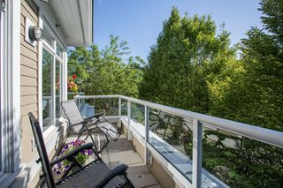 "Photo 15: 411 2628 YEW Street in Vancouver: Kitsilano Condo for sale in ""Connaught Place"" (Vancouver West)  : MLS®# R2377344"