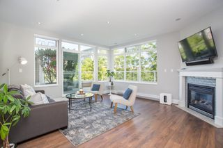 "Photo 3: 411 2628 YEW Street in Vancouver: Kitsilano Condo for sale in ""Connaught Place"" (Vancouver West)  : MLS®# R2377344"