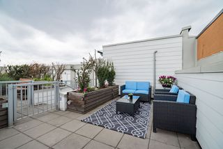 "Photo 13: PH11 388 KOOTENAY Street in Vancouver: Hastings Sunrise Condo for sale in ""VIEW 388"" (Vancouver East)  : MLS®# R2379442"