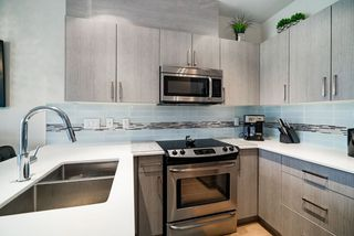 "Photo 9: PH11 388 KOOTENAY Street in Vancouver: Hastings Sunrise Condo for sale in ""VIEW 388"" (Vancouver East)  : MLS®# R2379442"