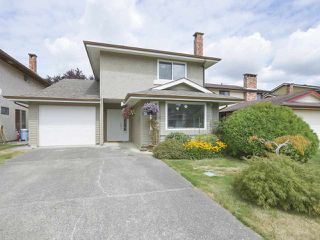 Photo 1: 4191 LOUISBURG Place in Richmond: Steveston North House for sale : MLS®# R2396766