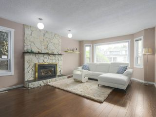 Photo 3: 4191 LOUISBURG Place in Richmond: Steveston North House for sale : MLS®# R2396766