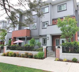 "Photo 14: 24 7247 140 Street in Surrey: East Newton Townhouse for sale in ""GREENWOOD TOWNHOMES"" : MLS®# R2407590"