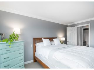 """Photo 12: 414 5438 198 Street in Langley: Langley City Condo for sale in """"CREEKSIDE ESTATES"""" : MLS®# R2411784"""