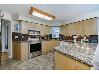 "Photo 7: 213 1200 EASTWOOD Street in Coquitlam: North Coquitlam Condo for sale in ""LAKESIDE TERRACE"" : MLS®# R2416247"