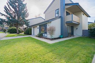 "Photo 1: 50 6245 SHERIDAN Road in Richmond: Woodwards Townhouse for sale in ""Maple Tree Lane"" : MLS®# R2435989"