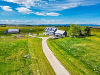 Photo 4: 43115 TWP RD 272 in Rural Rocky View County: Rural Rocky View MD Detached for sale : MLS®# C4301736