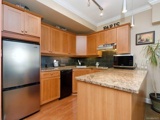 Photo 6: 206 2326 Harbour Rd in Sidney: Si Sidney North-East Condo for sale : MLS®# 841472