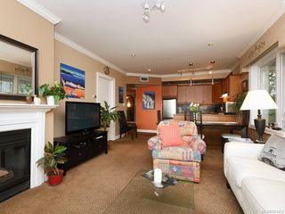 Photo 3: 206 2326 Harbour Rd in Sidney: Si Sidney North-East Condo for sale : MLS®# 841472