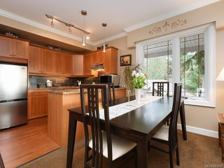 Photo 4: 206 2326 Harbour Rd in Sidney: Si Sidney North-East Condo for sale : MLS®# 841472