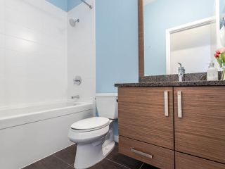 Photo 14: 409 288 HAMPTON Street in New Westminster: Queensborough Condo for sale : MLS®# R2478799