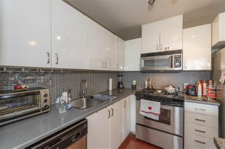 "Photo 10: 901 175 W 1ST Street in North Vancouver: Lower Lonsdale Condo for sale in ""TIME"" : MLS®# R2480816"