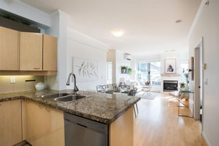 Photo 8: PH9 2228 MARSTRAND Avenue in Vancouver: Kitsilano Condo for sale (Vancouver West)  : MLS®# R2500012