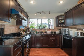 Photo 10: 6255 DOMAN Street in Vancouver: Killarney VE House for sale (Vancouver East)  : MLS®# R2502478