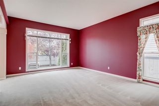 Photo 6: 3207 Douglasdale Boulevard SE in Calgary: Douglasdale/Glen Detached for sale : MLS®# A1039628