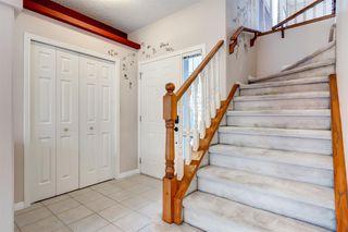 Photo 2: 3207 Douglasdale Boulevard SE in Calgary: Douglasdale/Glen Detached for sale : MLS®# A1039628