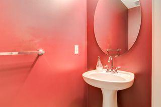 Photo 5: 3207 Douglasdale Boulevard SE in Calgary: Douglasdale/Glen Detached for sale : MLS®# A1039628