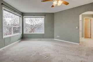 Photo 14: 3207 Douglasdale Boulevard SE in Calgary: Douglasdale/Glen Detached for sale : MLS®# A1039628