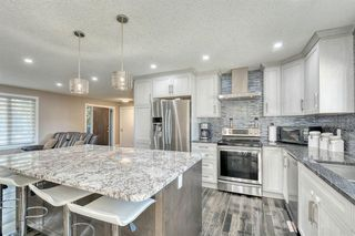 Photo 6: 79 Rundlefield Close NE in Calgary: Rundle Detached for sale : MLS®# A1040501