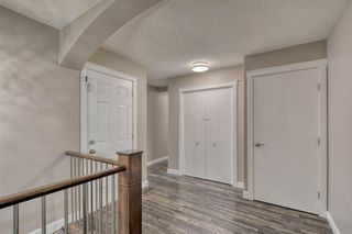 Photo 4: 79 Rundlefield Close NE in Calgary: Rundle Detached for sale : MLS®# A1040501