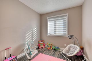 Photo 17: 79 Rundlefield Close NE in Calgary: Rundle Detached for sale : MLS®# A1040501