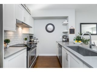 """Photo 8: 80 15588 32 Avenue in Surrey: Morgan Creek Townhouse for sale in """"THE WOODS"""" (South Surrey White Rock)  : MLS®# R2511978"""