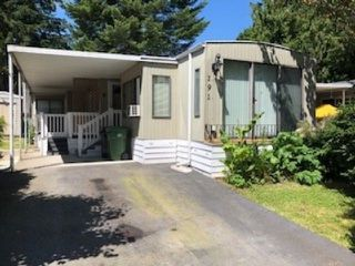 Photo 1: 191 7790 KING GEORGE Boulevard in Surrey: Bear Creek Green Timbers Manufactured Home for sale : MLS®# R2523849