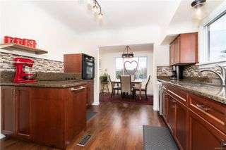 Photo 6: 255 Obed Ave in : SW Gorge House for sale (Saanich West)  : MLS®# 862253