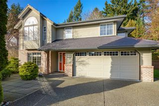 Main Photo: 1015 Kingsley Cres in : CV Comox (Town of) House for sale (Comox Valley)  : MLS®# 863162