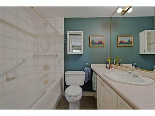 """Photo 10: 402 3658 BANFF Court in North Vancouver: Northlands Condo for sale in """"The Classics"""" : MLS®# V1028992"""
