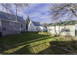 Photo 4: 1587 Manitoba Avenue in WINNIPEG: North End Residential for sale (North West Winnipeg)  : MLS®# 1323768