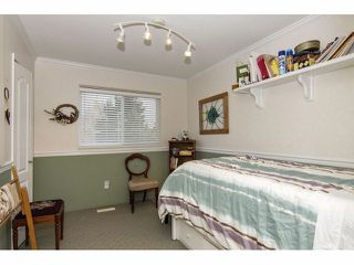 "Photo 15: 24697 48B Avenue in Langley: Salmon River House for sale in ""STRAWBERRY HILLS"" : MLS®# F1326525"