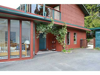 Photo 15: 683 FAIRMONT Road in Gibsons: Gibsons & Area House for sale (Sunshine Coast)  : MLS®# V1054403