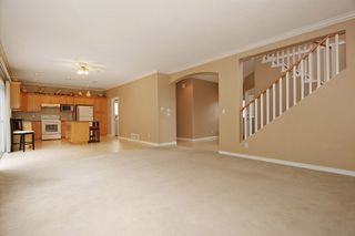 Photo 11: 17869 68 Avenue in Surrey: Cloverdale BC House for sale (Cloverdale)  : MLS®# F1408351