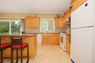 Photo 6: 17869 68 Avenue in Surrey: Cloverdale BC House for sale (Cloverdale)  : MLS®# F1408351
