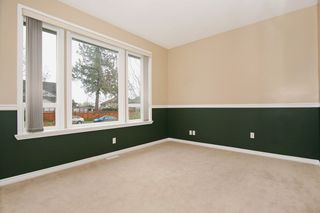 Photo 13: 17869 68 Avenue in Surrey: Cloverdale BC House for sale (Cloverdale)  : MLS®# F1408351
