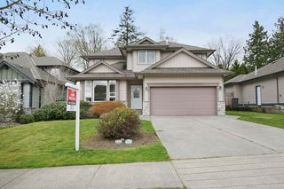 Photo 2: 17869 68 Avenue in Surrey: Cloverdale BC House for sale (Cloverdale)  : MLS®# F1408351