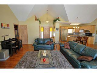 Photo 4: 9 Rosa Street in LORETTE: Dufresne / Landmark / Lorette / Ste. Genevieve Residential for sale (Winnipeg area)  : MLS®# 1502830