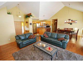 Photo 3: 9 Rosa Street in LORETTE: Dufresne / Landmark / Lorette / Ste. Genevieve Residential for sale (Winnipeg area)  : MLS®# 1502830