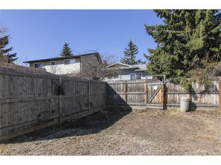 Photo 7: 3440 56 Street NE in Calgary: Temple House for sale : MLS®# C4004202