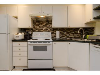 """Photo 9: 6711 PRENTER Street in Burnaby: Highgate Townhouse for sale in """"ROCK HILL"""" (Burnaby South)  : MLS®# R2010743"""