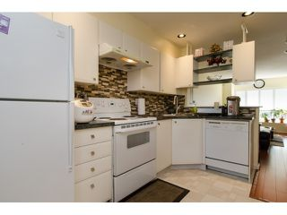 """Photo 8: 6711 PRENTER Street in Burnaby: Highgate Townhouse for sale in """"ROCK HILL"""" (Burnaby South)  : MLS®# R2010743"""