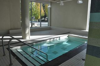 """Photo 11: 709 7371 WESTMINSTER Highway in Richmond: Brighouse Condo for sale in """"LOTUS"""" : MLS®# R2011744"""