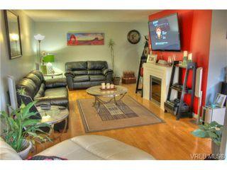 Photo 5: 304 853 Selkirk Avenue in VICTORIA: Es Kinsmen Park Condo Apartment for sale (Esquimalt)  : MLS®# 358147