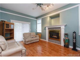 Photo 3: 310 Island Hwy in VICTORIA: VR View Royal Half Duplex for sale (View Royal)  : MLS®# 719165