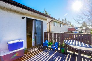 Photo 6: 6345 SUNDANCE Drive in Surrey: Cloverdale BC House for sale (Cloverdale)  : MLS®# R2037775