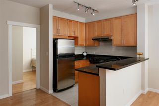 Photo 3: 207 4883 MACLURE Mews in Vancouver: Quilchena Condo for sale (Vancouver West)  : MLS®# R2046667